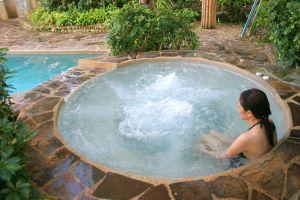 Hot tub - spa pool