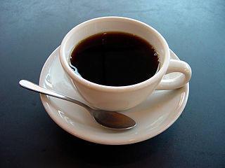 "coffee ""width ="" 250 ""height ="" 188 ""srcset ="" https: // www .healthhype.com / wp-content / uploads / coffee.jpg 320w, http://www.healthhype.com/wp-content/uploads/coffee-300x225.jpg 300w, http://www.healthhype.com/wp -content / uploads / coffee-174x131.jpg 174w, http://www.healthhype.com/wp-content/uploads/coffee-70x53.jpg 70w ""sizes ="" (max-width: 250px) 100vw, 250px ""/ ></p></div><p><script>(función (d, s, id) {var js, fjs = d.getElementsByTagName (s) [0]; if (d.getElementById (id)) return; js = d.createElement (s); js .id = id; js.src = 'https: //connect.facebook.net/en_US/all.js#xfbml=1'; fjs.parentNode.insertBefore (js, fjs);} (document, 'script', 'facebook-jssdk'));</script></pre><p></p><div class="